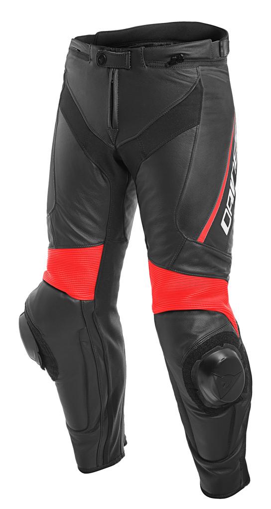 Dainese Delta 3 Motorrad Lederhose, schwarz-rot, Größe 54, schwarz-rot, Größe 54